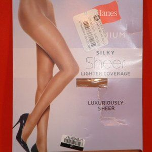 XX Large Hanes Premium Nude Sheer Stockings